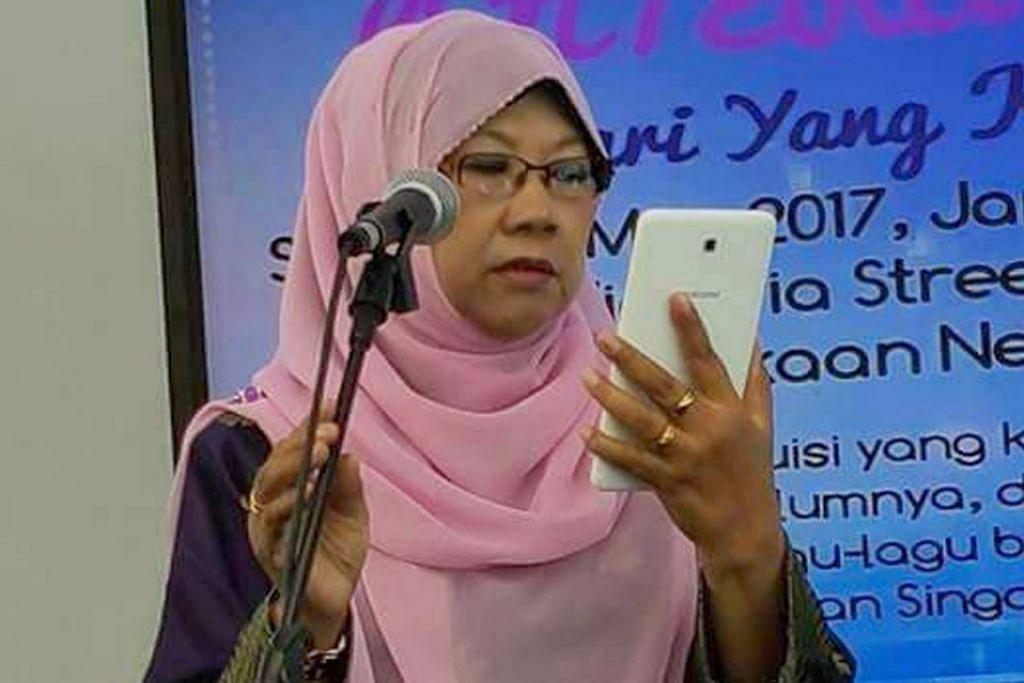 CIK AMNAH MAJID: Sejak 2010 beliau semakin giat menulis hinggalah ke hari ini. - Foto BH oleh FARIDAH TAIB