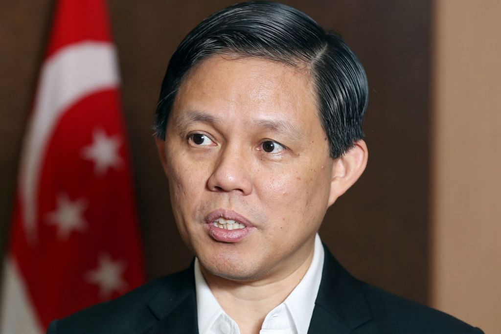 """Kami tidak inginkan jumlah pekerja asing yang tidak terhad di Singapura tetapi apa yang kita miliki dan apa yang kita inginkan adalah mutu pekerja asing yang lebih tinggi.""  - Menteri Perdagangan dan Perusahaan, Encik Chan Chun Sing."
