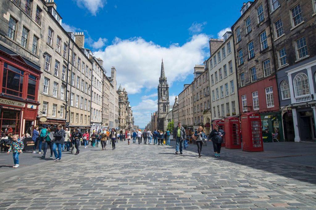 AKAN ADA CUKAI: Satu cukai pelancong bakal diperkenalkan di bandar bersejarah Edinburgh, tidak lama lagi. - Foto VISIT SCOTLAND