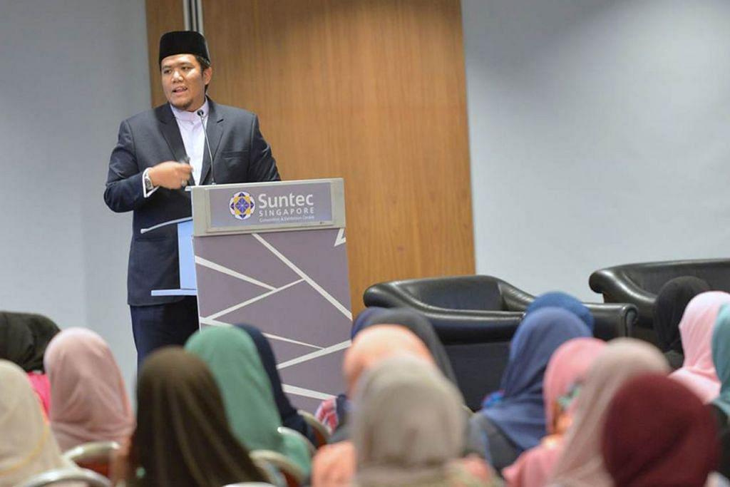 MAJLIS ILMU: Ustaz Irwan Hadi berkongsi banyak pengetahuan dan panduan keagamaan dengan sekitar 750 peserta dalam sesi seminar anjuran Muis baru-baru ini. - Foto MUIS