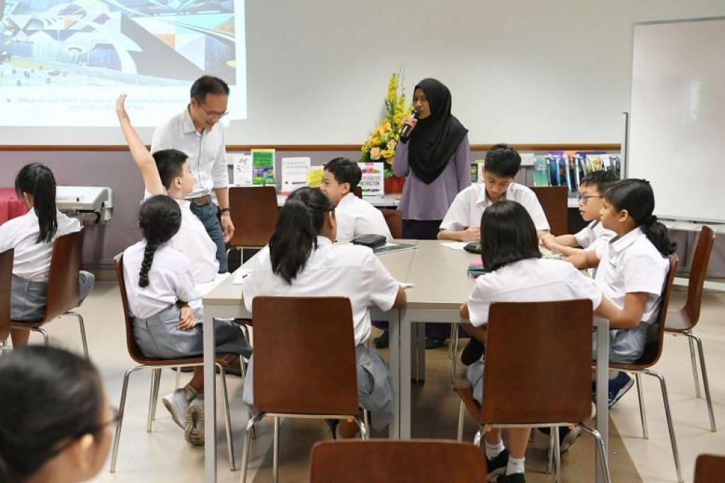 Pelajar di dalam kelas di Sekolah Menengah Edgefield. FOTO: KHALID BABA