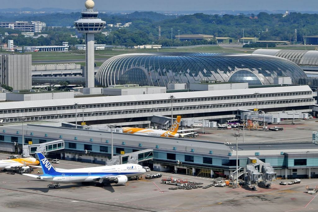 DIBUKA BULAN DEPAN: Jewel, yang direka oleh arkitek Moshe Safdie, terletak bersebelahan Terminal 1 dan dihubungkan dengan Terminal 2 dan 3 menerusi laluan berhawa dingin. - Foto fail