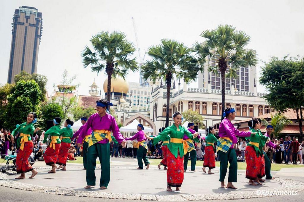 TINGKAT KESEDARAN: Acara Rentak Budaya, yang diadakan setiap dua tahun, akan memberi fokus kepada kumpulan-kumpulan sub-etnik Melayu, khususnya Bugis, Jawa, Boyan, Banjar dan Minang kali ini. - Foto Rentak Budaya