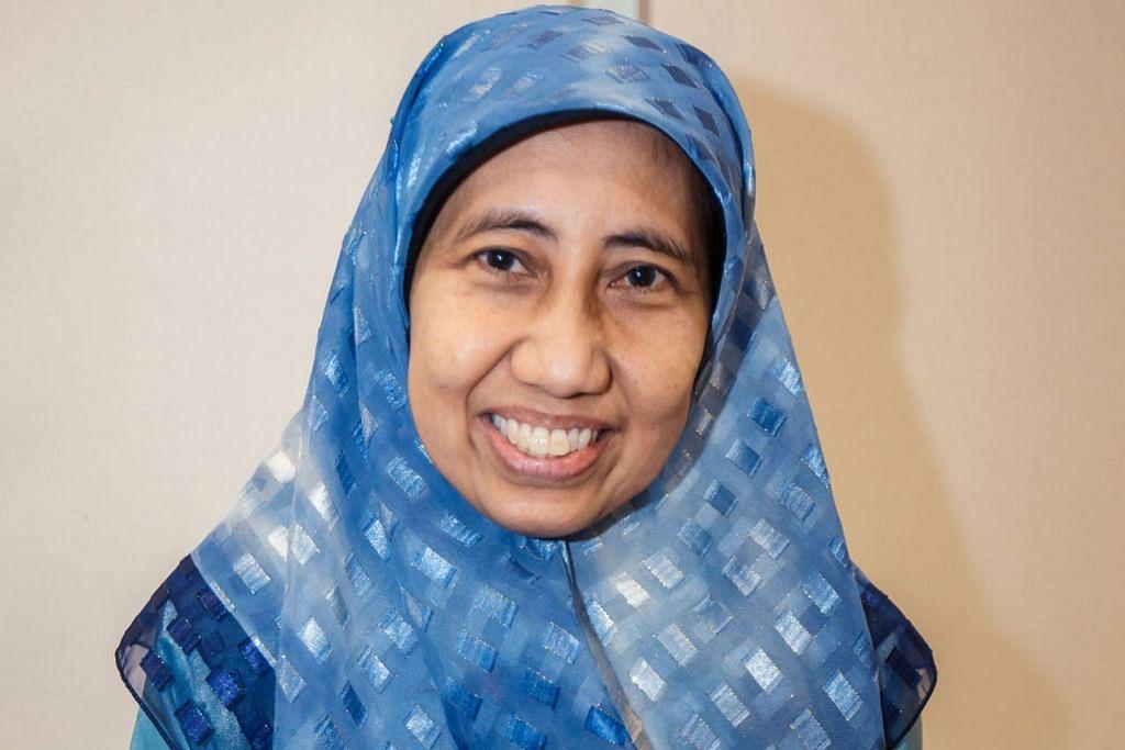 Cik Nazariah Nasir, penulis buku 'Permata Hatiku'.