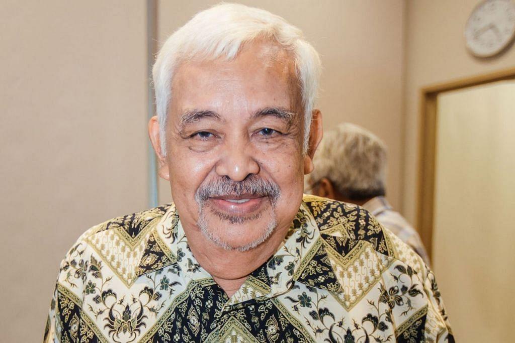 Dr Subari Sukaini, pelopor kelab Ilham, yang melancarkan buku 'Otak, Hati dan Topeng'.