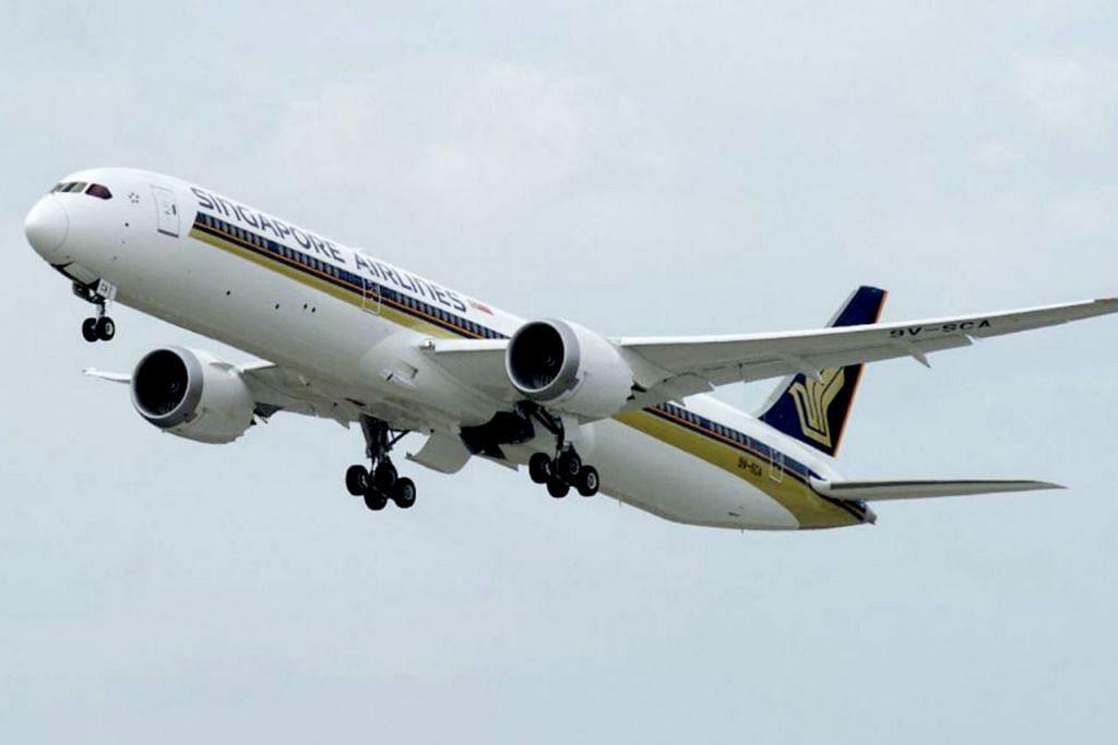 HENTI KHIDMAT: Singapore Airlines (SIA) hentikan khidmat dua daripada sembilan pesawat Boeing 787-10 (gambar) akibat isu enjin. Pesawat tersebut kesemuanya dilengkapi enjin Trent 1000 TEN Rolls-Royce, versi terkini enjin Trent 1000 yang mempunyai isu awal berkaitan keretakan kipas. - Foto SINGAPORE AIRLINES