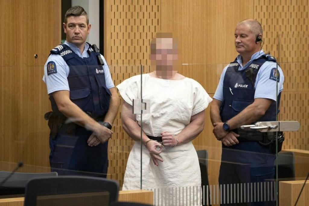 Warga Australia Brenton Tarrant (tengah) menghadapi 50 tuduhan membunuh. FOTO: AFP