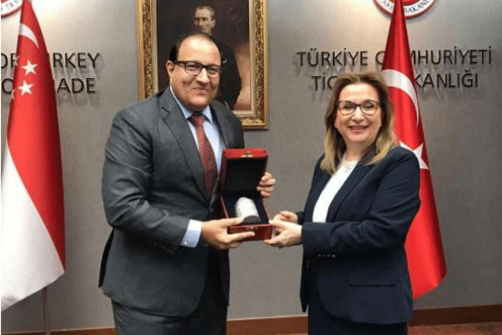 Menteri bertanggungjawab bagi Perhubungan Perdagangan Encik S Iswaran bertemu Menteri Perdagangan Turki Cik Ruhsar Pekcan di Ankara, Turki. FOTO: MTI