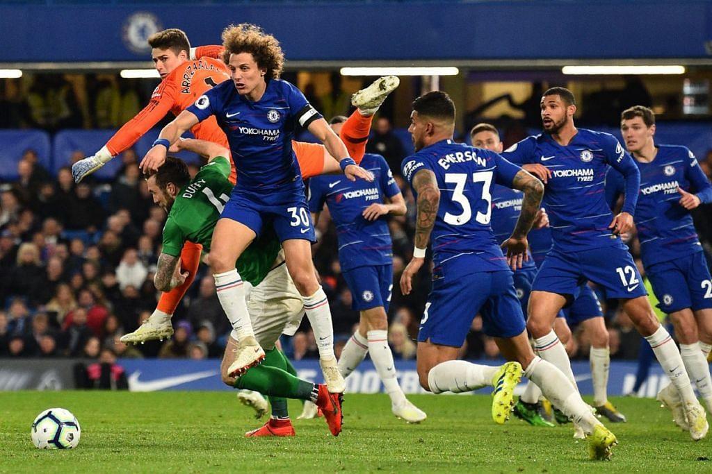 KURANG KONSISTEN: Pemain Chelsea perlu mempertingkat permainan jika mereka mahu kembali bangkit dan mengutip mata bagi baki musim ini. - Foto AFP