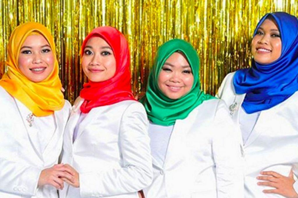 KUMPULAN NAMA: (Dari kiri) Noor Syamimi, Norfazira, Nur Farahida dan Nur Fazrina mencorak trend baru empat gadis berhijab yang berganding bahu dalam sebuah kumpulan bagi menyanyikan lagu pop dengan penuh gaya dan santai. - Foto AXN ASIA.