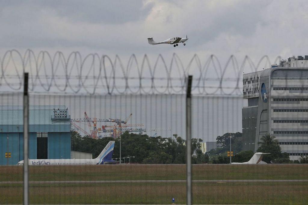 JALIN KERJASAMA: Malaysia dan Singapura bersetuju membangunkan instrumen alternatif berdasarkan Sistem Kedudukan Sejagat (GPS) bagi Lapangan Terbang Seletar untuk menggantikan tatacara Sistem Pendaratan Instrumen (ILS) yang ditarik balik Singapura. Selain itu, jawatankuasa peringkat tinggi dibentuk bagi menyemak Surat Perjanjian Operasi (OLA) 1974. - Foto fail