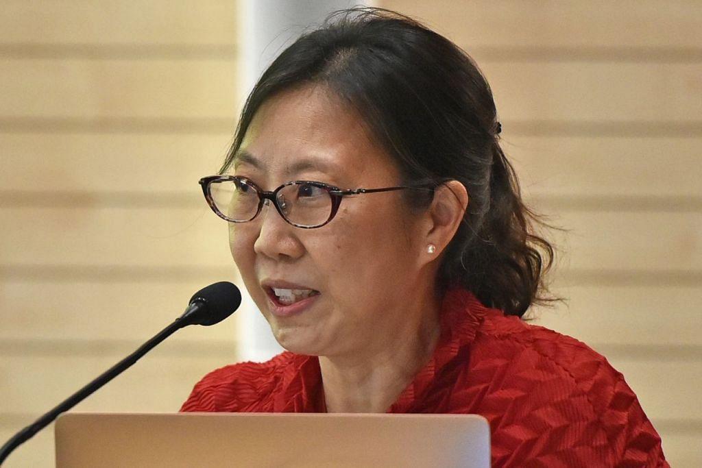 Pengarah Unit Kawalan TB di TTSH, Profesor Madya Cynthia Chee.