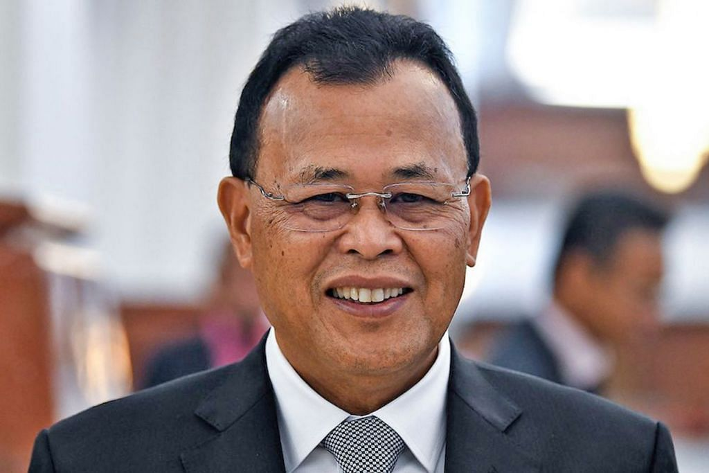 DATUK OSMAN SAPIAN: Meletak jawatan secara rasmi sebagai Menteri Besar Johor pada 8 April lalu.