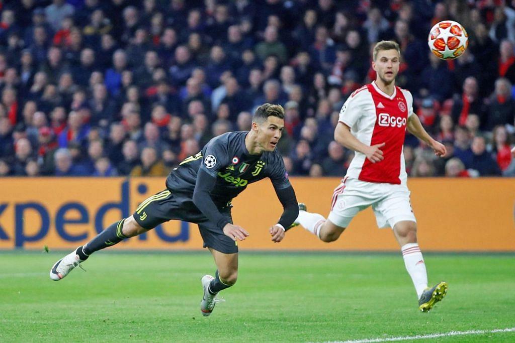 GOL CANTIK: Tandukan 'terbang' Cristiano Ronaldo (kiri) meletakkan Juventus di hadapan, tapi seminit kemudian Ajax membalas untuk menyamakan kedudukan. - Foto REUTERS