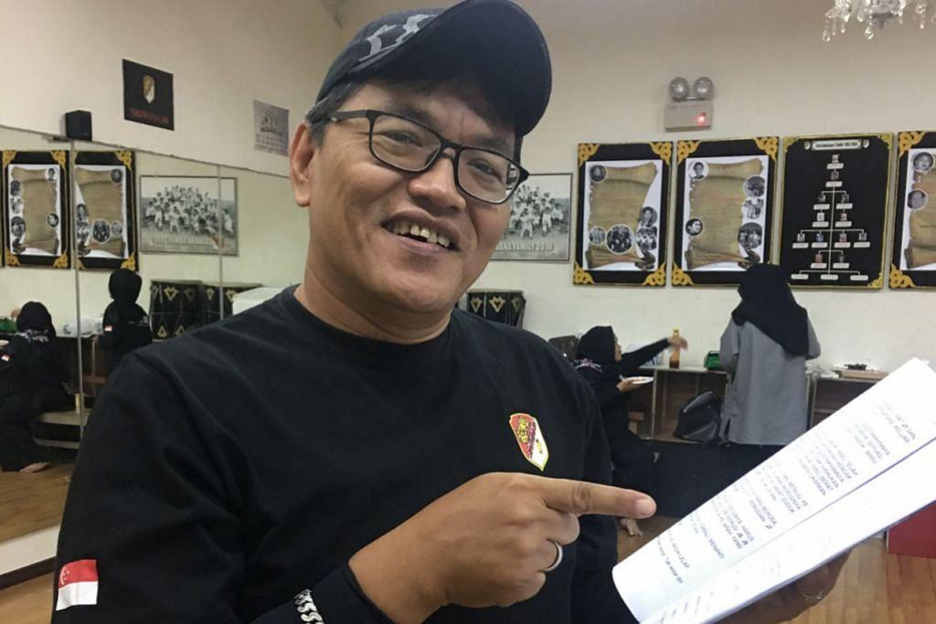 SAHFUDIN MAHFUDZ: Sebagai sutradara drama Jongos, tulisan Nadiputra. – Foto MAHYUNIS MAHFUDZ