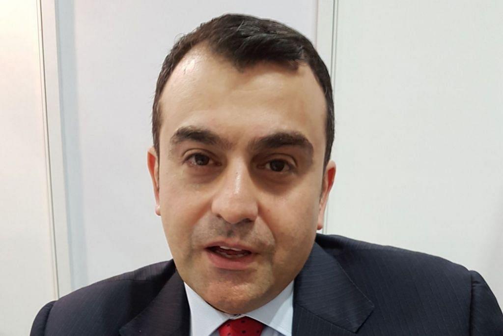 Encik Ali Soufan, mantan ejen khas FBI mengenai evolusi pengganasan.