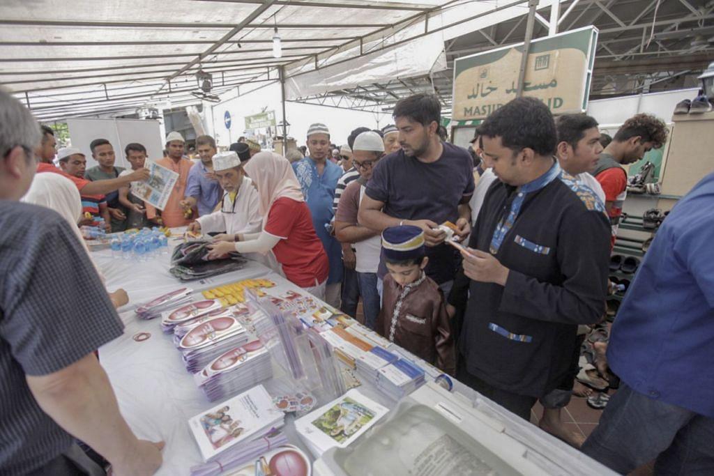 TINGKAT KESEDARAN: NKF mengadakan pameran untuk meningkatkan kesedaran tentang penyakit buah pinggang di Masjid Khalid pada 19 April 2019.