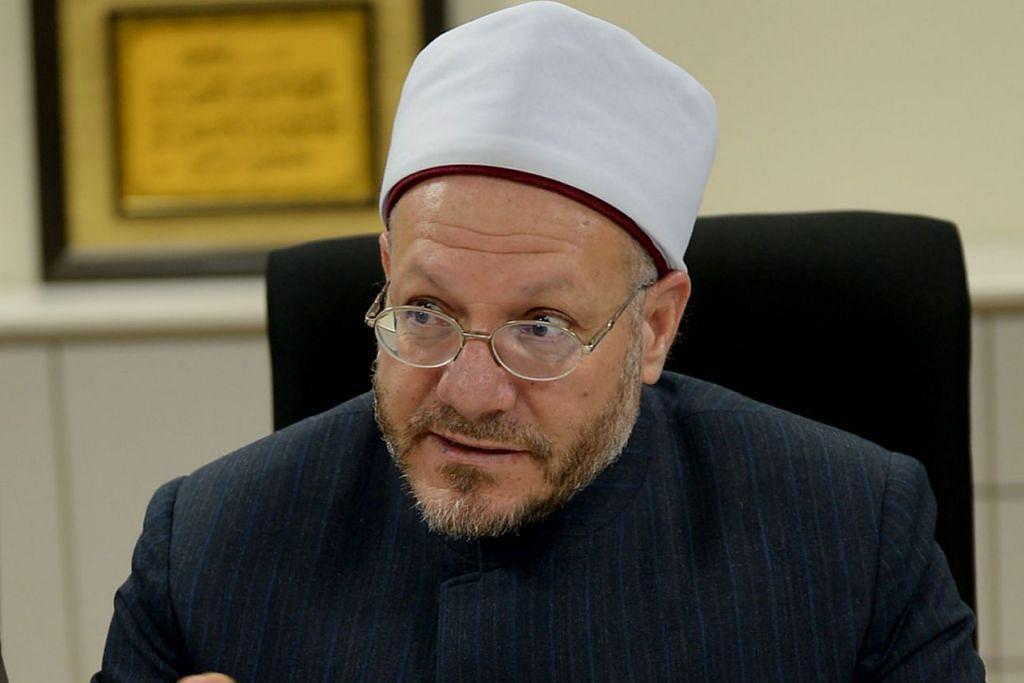 DR SHAWKI ABDUL KAREEM ALLAM: Mufti Mesir menyifatkan usaha RRG membetulkan fahaman yang salah dalam Islam merupakan antara perkara penting yang harus dilaksanakan bagi melindungi anak-anak muda dan generasi akan datang daripada bahaya pengganasan yang melanggar prinsip dan dasar syariah Islam yang mulia.- Foto fail
