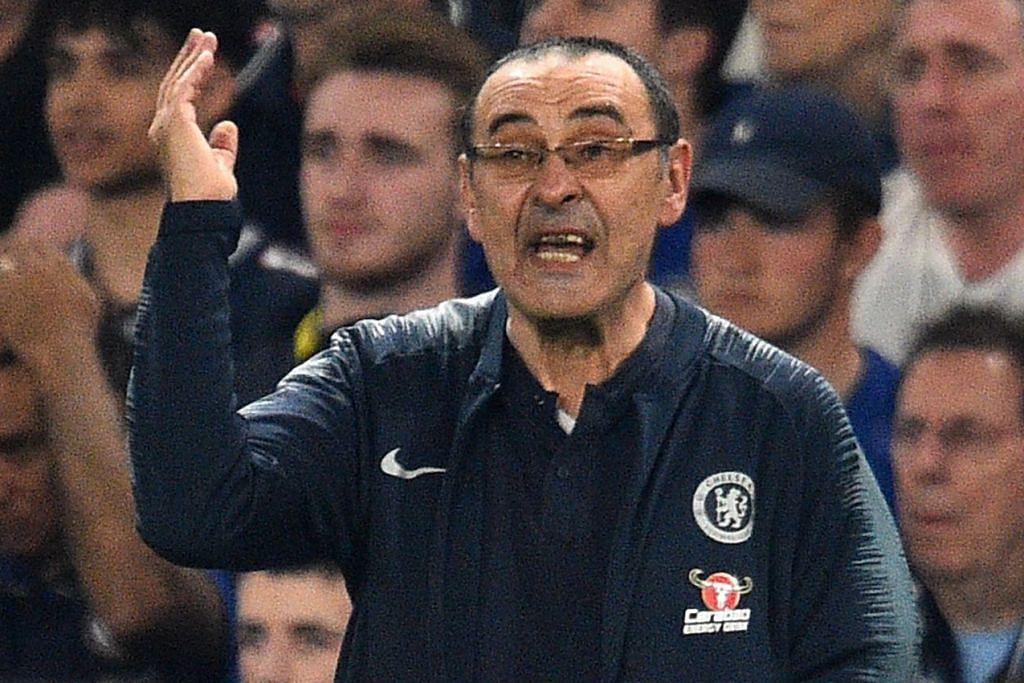 PENGURUS CHELSEA, MAURIZIO SARRI: Yakin Chelsea telah menunjukkan persembahan yang baik, tapi masih ada ruang untuk diperbaiki dan apa yang diperlukan sekarang adalah mereka kekal fokus. - Foto AFP