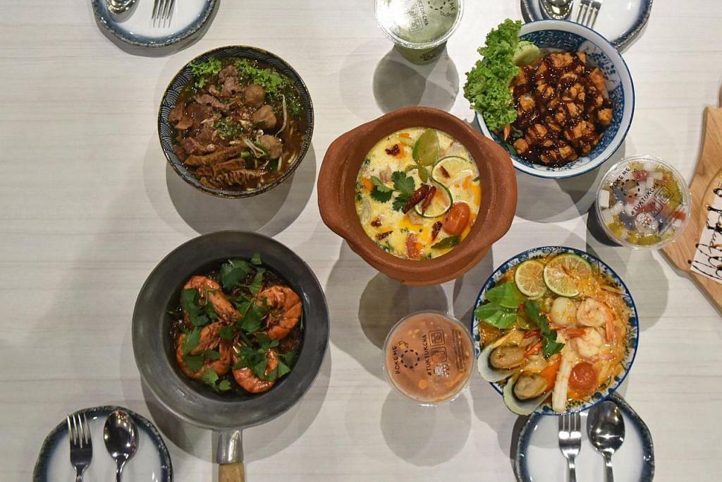 SAJIAN LEBIH PELBAGAI: Tuk Tuk Cha menyediakan konsep sajian Thai yang memenuhi citarasa ramai. – Foto BH oleh JOSEPH CHUA