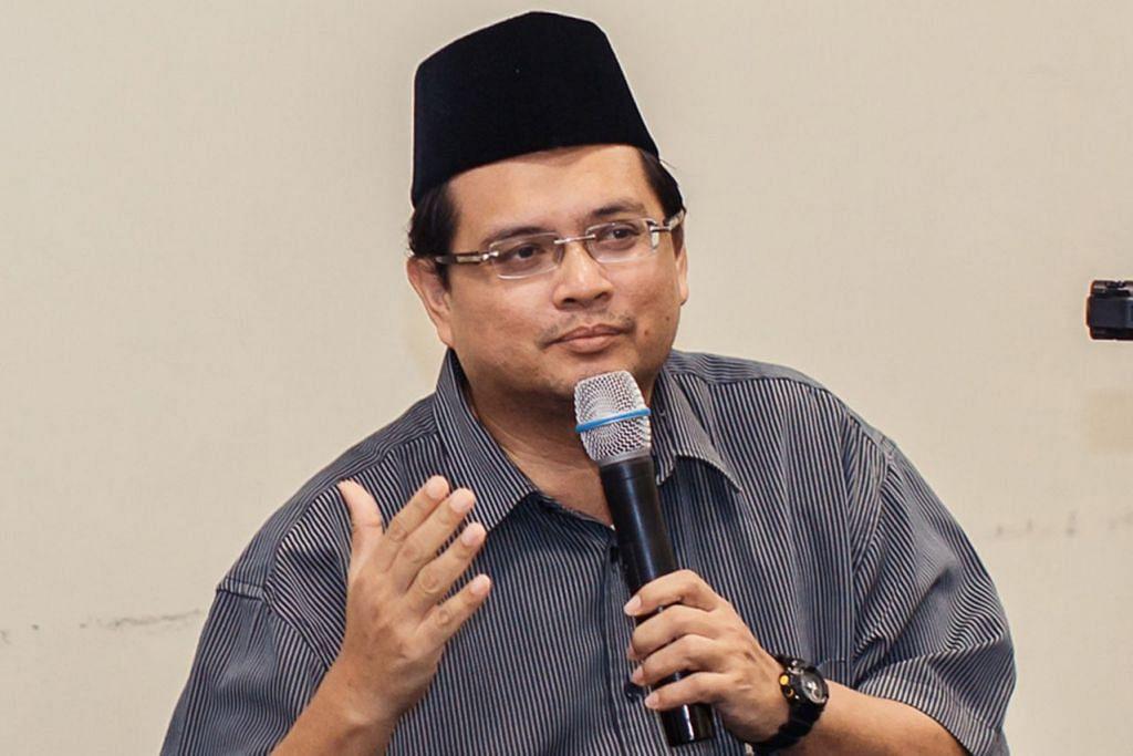 ''Bolehkah Jawi digunakan lagi dan adakah ia masih relevan pada masa kini? Jawabnya, kitalah yang bertanggungjawab untuk mewujudkan sekitaran itu.'' - Dr Hirman Mohamed Khamis (gambar atas) - Foto IQBAL RAZAK