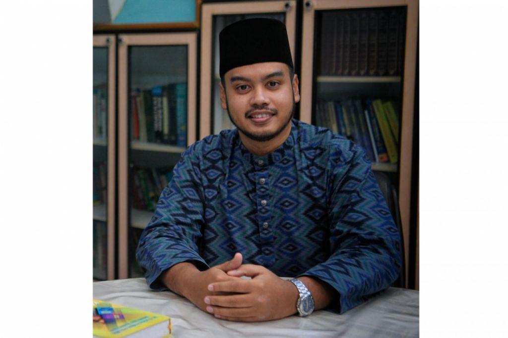 MOHON SOKONGAN: Ustaz Azri berharap beliau dan pasukan baru yang dilantik anggota untuk memimpin Muhammadiyah diberi peluang untuk meneruskan usaha baik pemimpin sebelum ini dan menerima sokongan masyarakat dalam usaha tersebut. – Foto BH oleh MARK CHEONG