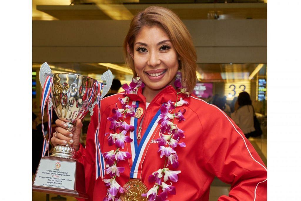 MUNCUL JUARA: Farah Bee Ismail merangkul gelaran juara dalam kategori Susuk Badan Model Wanita (Atas 165 sentimeter) dalam Kejohanan Sukan Bina Badan dan Susuk Badan Asia Tenggara yang ke-16 di Yangon, Myanmar, yang berlangsung pada 16 hingga 20 Mei lalu. - Foto BH oleh ROSLEE ABDUL RAZAK
