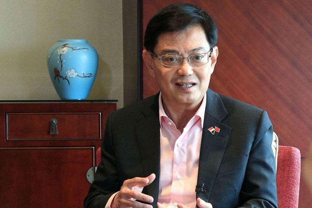 PERANAN ASIA: Encik Heng menggesa Asia untuk melipatgandakan usahanya untuk mengukuhkan sistem perdagangan pelbagai hala yang berasaskan peraturan, yang menyokong pertumbuhannya, serta bekerja dengan masyarakat global untuk menegakkan sistem ini. - Foto fail