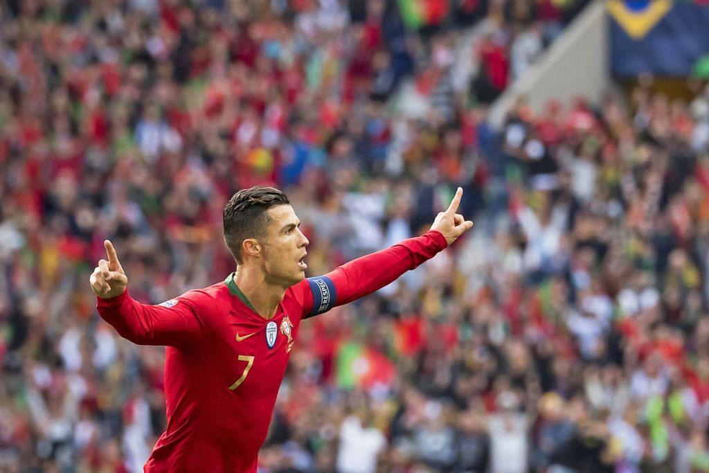 SATU DARIPADA TIGA: Ronaldo meraikan gol pertamanya menentang Switzerland dalam perlawanan separuh akhir Liga Negara-Negara EUFA di stadium Dragao di Porto, Portugal, awal pagi semalam. - Foto EPA-EFE