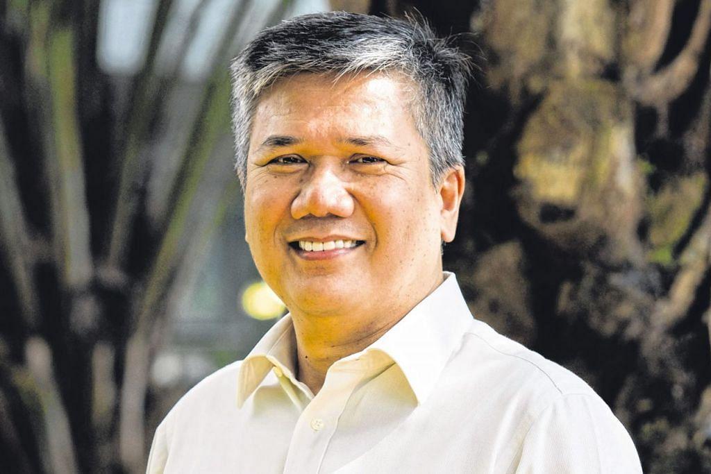 ENCIK AZMOON: Oleh kerana ekonomi Singapura bergantung kepada ekonomi sejagat, negara ini akan terjejas dengan perang dagangan yang berlaku.
