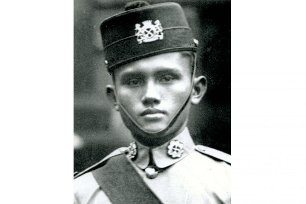 PENGORBANAN BESAR: Leftenan Adnan dan rakan seperjuangan dari Regimen Melayu menghadapi pertempuran sengit dengan tentera Jepun demi mempertahankan Pasir Panjang. – Foto fail