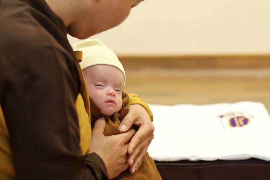Trieu Hoai An yang berusia tiga bulan menghembuskan nafasnya yang terakhir pada sekitar 4 pagi semalam. FOTO: GIN TAY