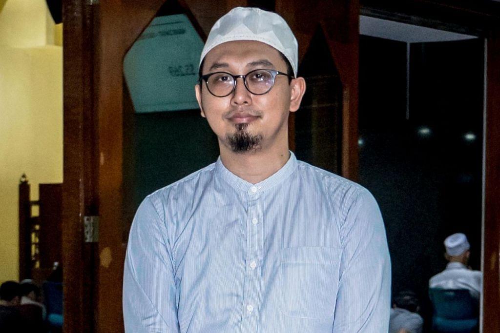 PUASA AMALAN ISTIMEWA: Ustaz Muhammad Afdal Abdul Hamid berceramah di Masjid Al-Khair baru-baru ini dengan tajuk Puasa Sunat. – Foto BH oleh NUR DIAYANA TAHA