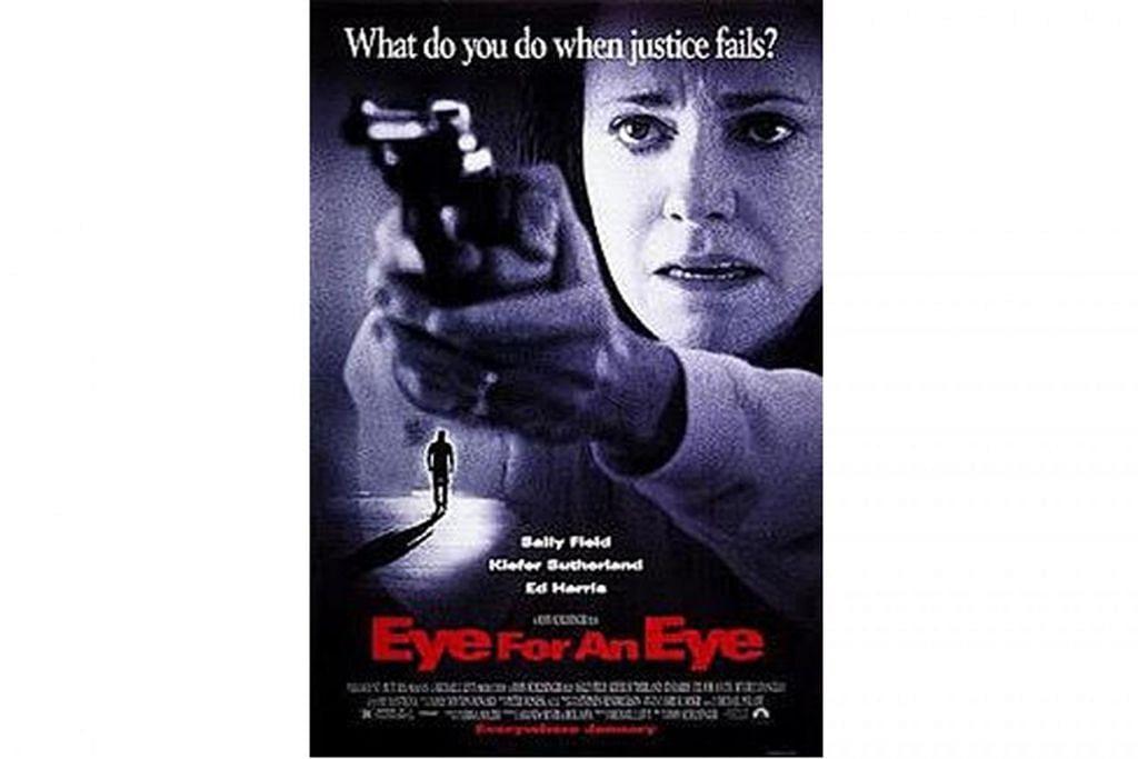 IDEA HOLLYWOOD: Filem penuh debar Eye for an Eye (atas) yang dihasilkan Hollywood pada 1996 menjadi sandaran bagi penerbitan filem Dushman pada 1998. – Foto INDIA TRIBUNE