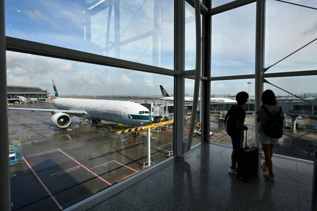 Nasihat perjalanan dikeluarkan berkaitan Lapangan Terbang Antarabangsa Hongkong, di mana tunjuk perasaan dijangka berlaku tengah hari ini. FOTO: LIM YAOHUI