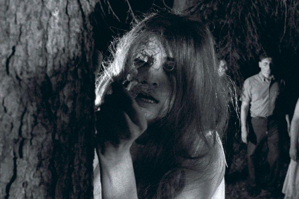 Sekilas pilihan kisah zombi - NIGHT OF THE LIVING DEAD (1968): Filem klasik karya George A. Romero mencetuskan genre filem zombi yang menarik minat penonton di serata dunia. - Foto JANUS FILMS