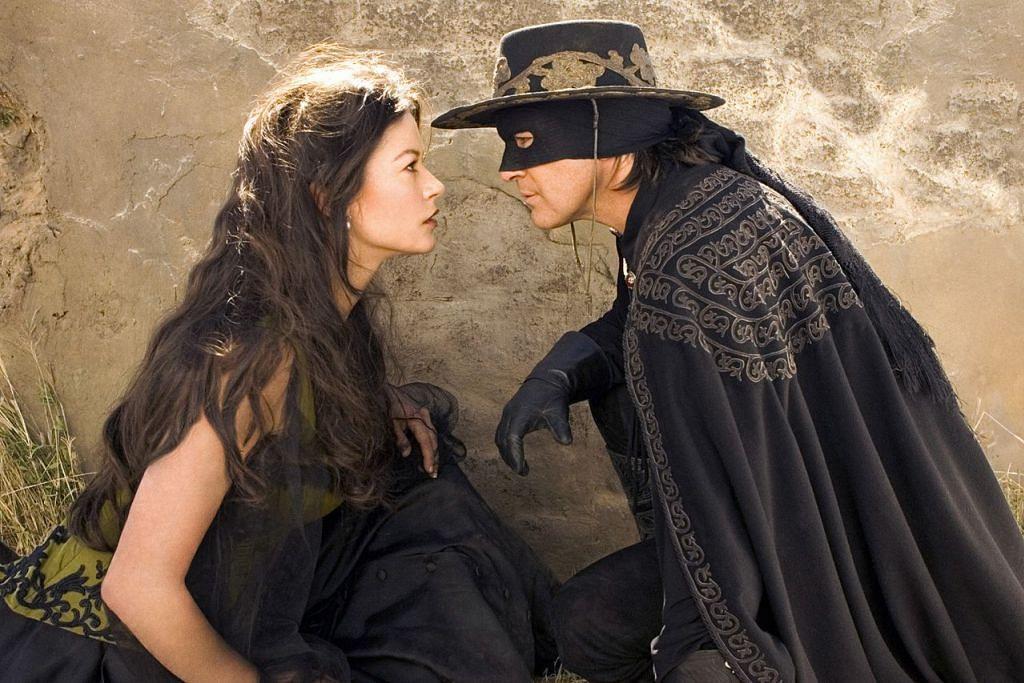 ZORRO HEBAT!: Dua filem Zorro menampilkan pelakon Sepanyol, Antonio Banderas dan Catherine Zeta-Jones menjadi tayangan pecah panggung Hollywood: The Mask of Zorro (1998) dan sekuel The Legend of Zorro (2005). – Foto Fail