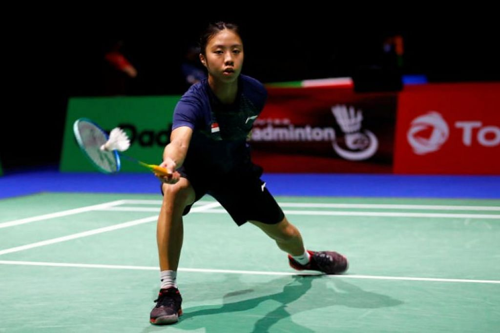 CIPTA SEJARAH: Pemain badminton kebangsaan, Yeo Jia Min, mencipta sejarah apabila beliau berjaya memasuki peringkat suku akhir di Kejohanan Dunia Badminton di Switzerland. -Foto REUTERS.