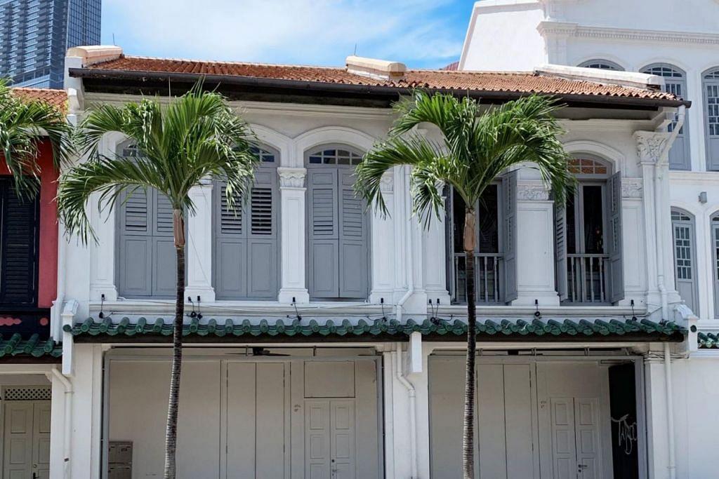 RUMAH KEDAI DILELONG: Harga lelongan rumah kedai di 65 Neil Road ini ialah sebanyak $8 juta. -Foto COLLIERS INTERNATIONAL.