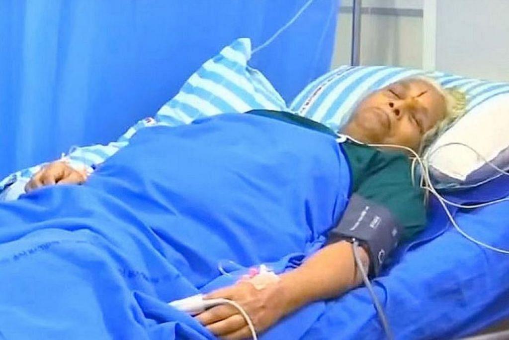WANITA TERTUA LAHIRKAN ANAK: Menurut doktor, Cik Mangayamma Yaramati, 74 tahun, mungkin wanita  tertua di dunia yang melahirkan anak. -Foto REUTERS.