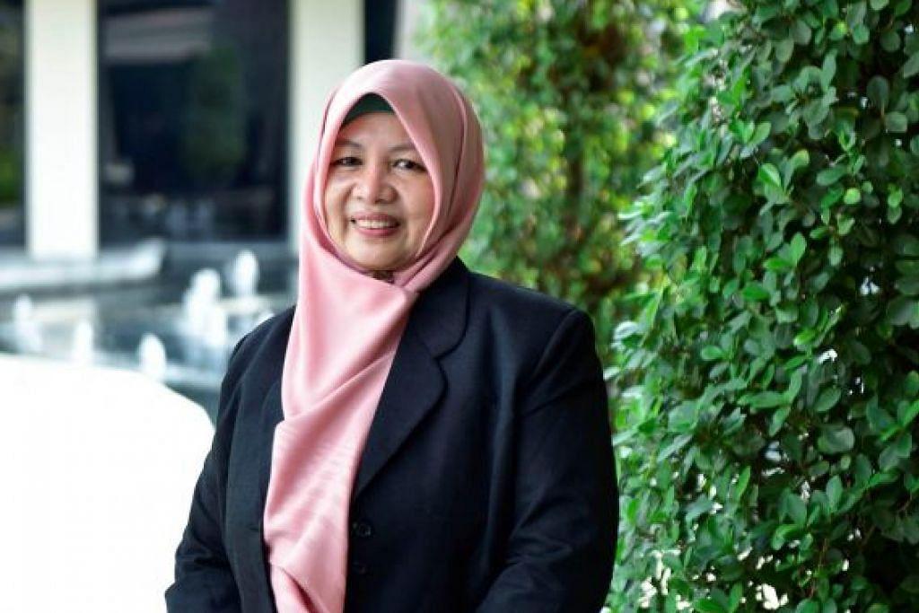 USTAZAH PERTAMA: Dr Rohana Ithnin telah dilantik sebagai anggota baru Jawatankuasa Fatwa, sekaligus menjadikannya ustazah pertama yang dilantik sebagai ahli penuh jawatankuasa tersebut, pada Khamis (26 September). -Foto Muis.