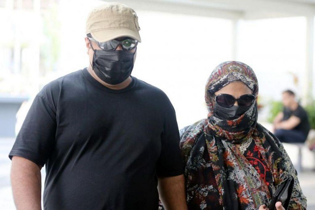 HUKUMAN PENJARA: Abraham (kiri) dijatuhkan hukuman penjara tiga tahun dan 10 bulan atas tiga tuduhan penipuan, sementara ibunya, Talat (kanan), dijatuhkan penjara 13 bulan atas dua tuduhan penipuan pada Khamis (26 September). -Foto BH oleh WONG KWAI CHOW.
