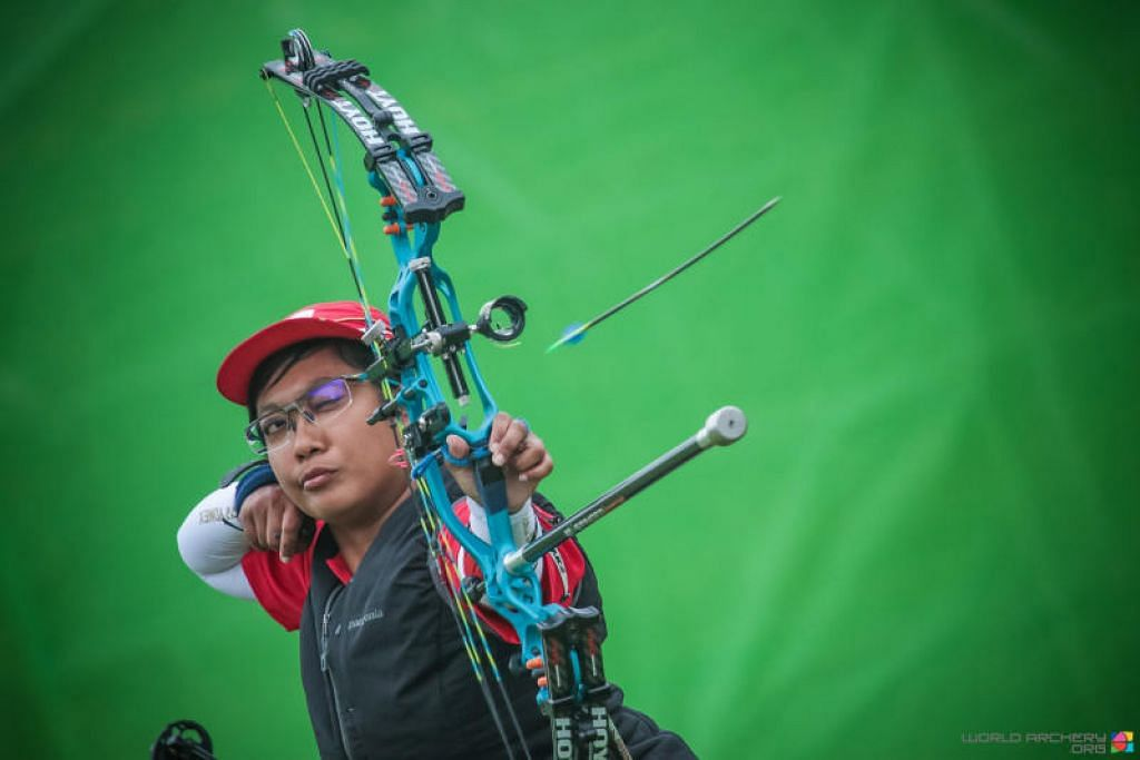 PEMANAH NOMBOR SATU DUNIA: Pemanah paralimpik Singapura Nur Syahidah Alim meraih kedudukan sebagai johan di sidang kemuncak kejohanan dunia pada Jun lalu. Kini beliau menduduki tangga teratas dunia untuk kategori individu terbuka kategori wanita pula. -Foto WORLD ARCHERY.