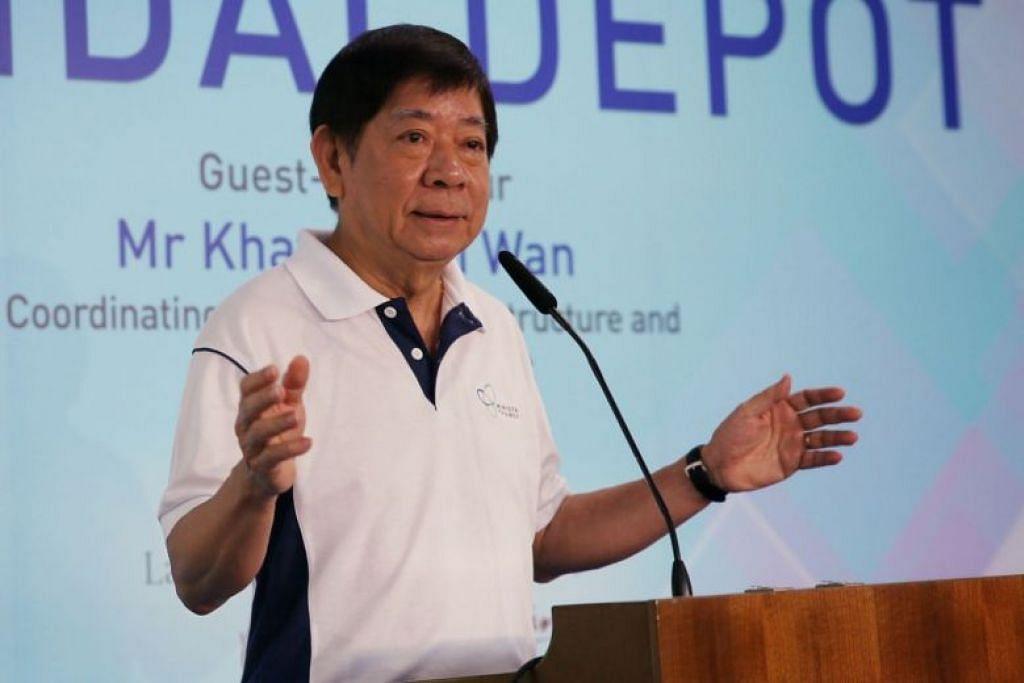 Menteri Pengangkutan Encik Khaw Boon Wan berucap di Forum Bersama Penyelengaraan Infrastruktur awal hari ini (14 Oktober). - Foto JASON QUAH
