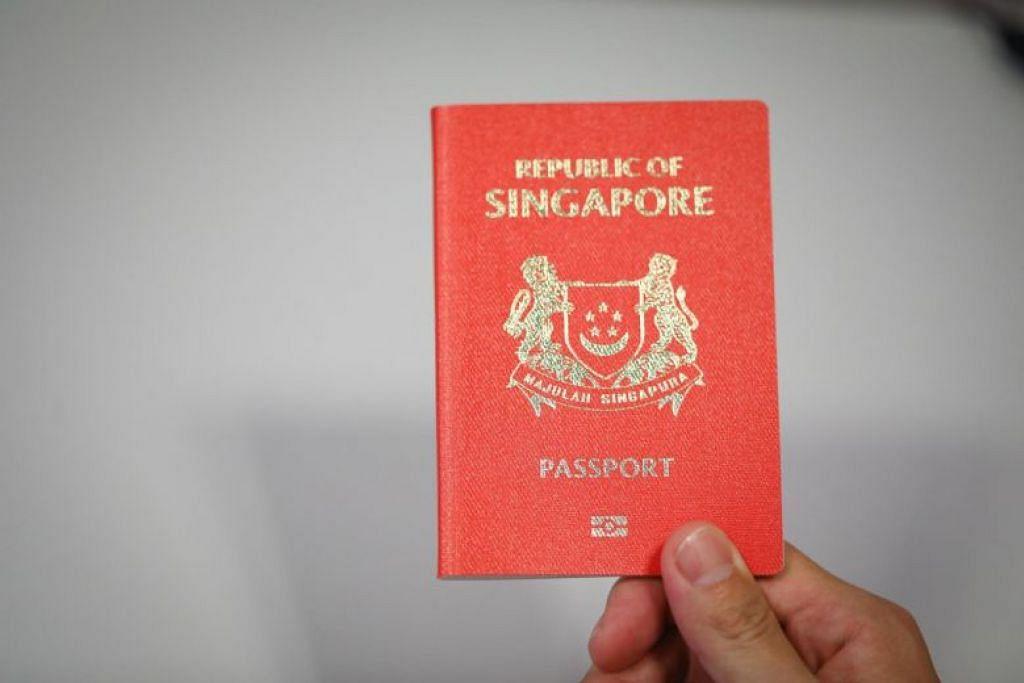 PASPORT PERCUMA: Lebih ramai bayi akan menikmati pasport percuma di bawah kelonggaran diumumkan ICA. -Foto fail.