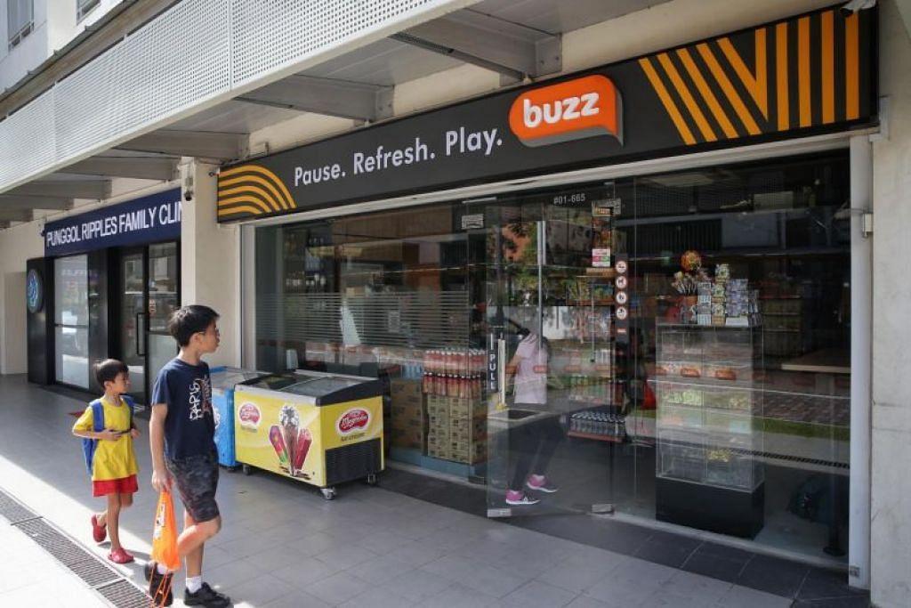 42 kedai runcit Buzz di Singapura sedang menjalani ubah suai. - Foto ST oleh KEVIN LIM