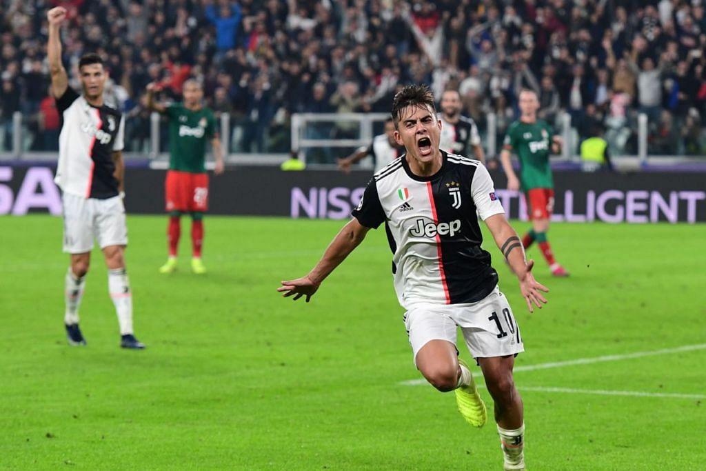 WIRA PASUKAN: Dua gol pantas Dybala (kiri) pada separuh masa kedua menyelamatkan Juventus selepas mengatasi Lokomotiv Moscow 2-1. - Foto AFP