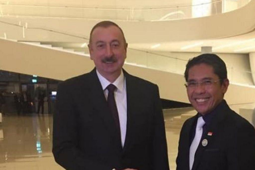 PERERAT HUBUNGAN: Dr Maliki bertemu Presiden Ilham Aliyev di Azerbaijan, di mana beliau menghadiri Sidang Puncak Ketua Negara dan Pemerintah Sidang Pergerakan Negara Berkecuali (NAM) Ke-18. Menurut Dr Maliki, Presiden Aliyev mempunyai kenangan baik dari Kunjungan Negara ke Singapura pada 2012.