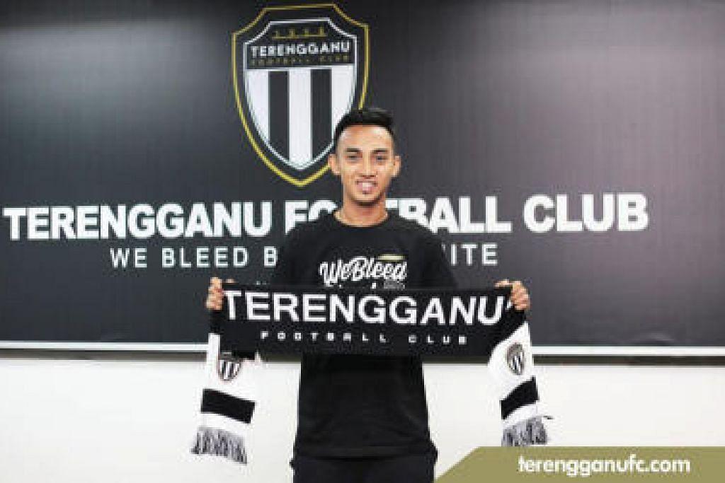 Faris bakal beraksi di Liga Super Malaysia tahun depan selepas menandatangani kontrak bersama Terengganu FA pagi ini. - Foto Terengganu FC