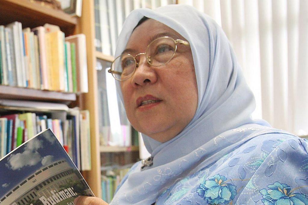 PROFESOR MADYA DR KAMSIAH ABDULLAH.